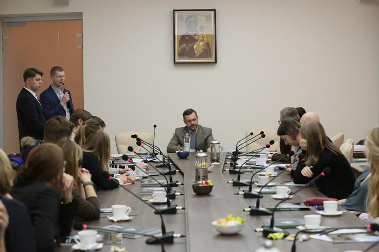 В.Р. Легойда провел встречу с немецкими и российскими журналистами, принимающими участие в германо-российском медиадиалоге