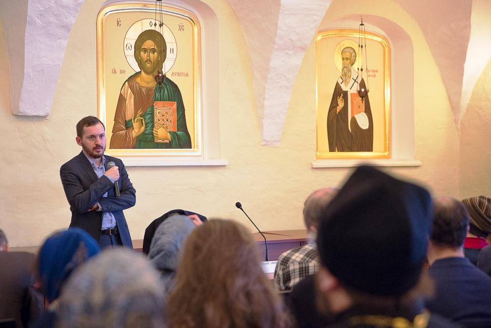 Мастер-класс о методах продвижения в социальных медиа прошел в Высоко-Петровском монастыре