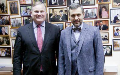 В.Р. Легойда встретился с президентом Всемирного Конгресса Семей Брайаном Брауном