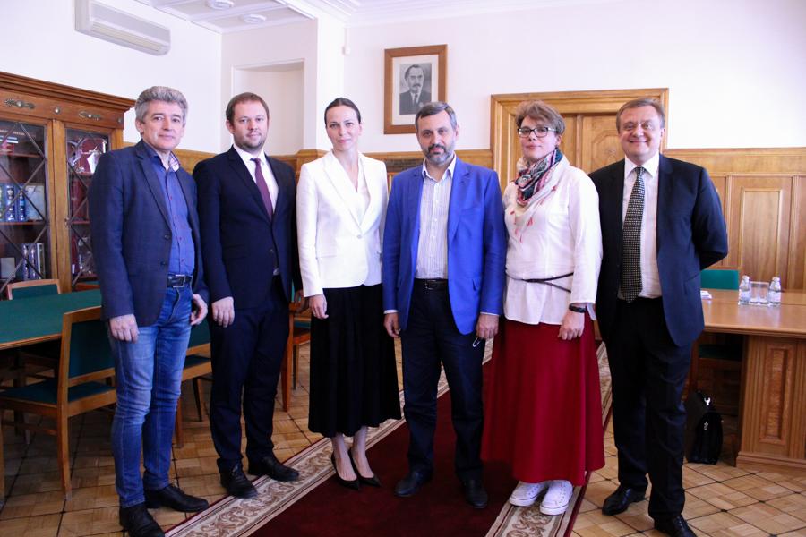 В.Р. Легойда посетил Российский государственный социальный университет