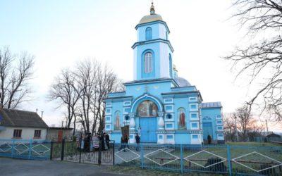 В селе Птичья экстремистами вновь захвачен храм Украинской Православной Церкви