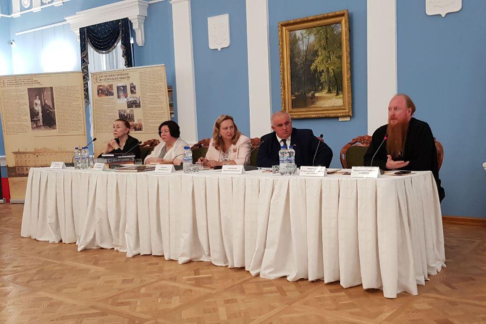 В Костроме завершился VI Международный общественный форум «Елизаветинское наследие сегодня»
