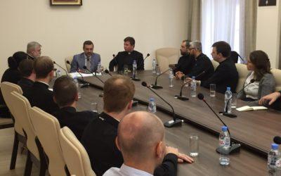 В.Р. Легойда провел встречу с участниками Летнего института для представителей Англиканской Церкви