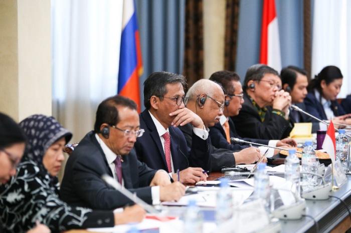 Представитель Отдела принял участие в круглом столе, посвященном вопросам определения роли государства и гражданского общества как средств достижения межконфессиональной гармонии