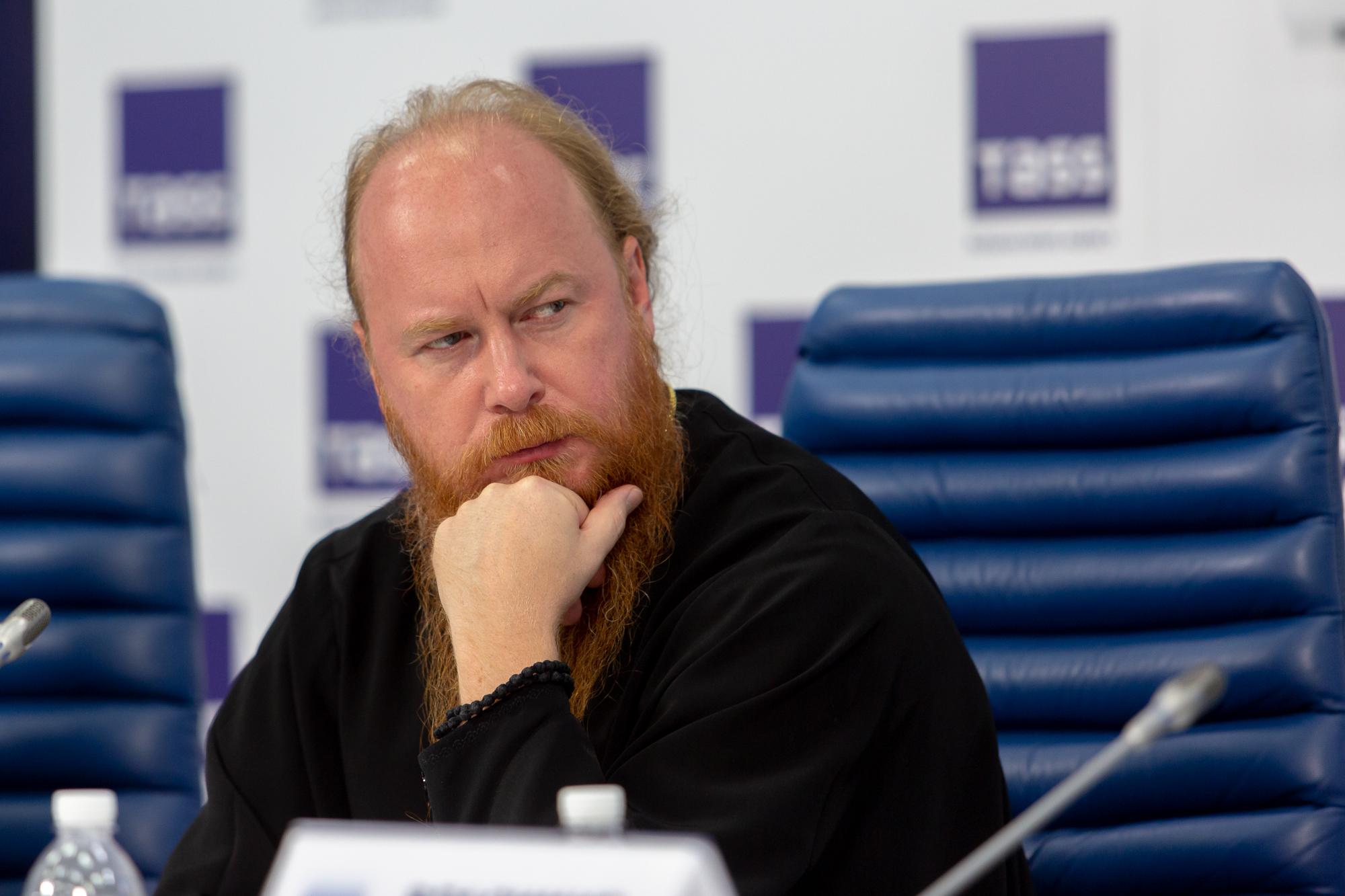 Протоиерей Димитрий Рощин принял участие в пресс-конференции, посвященной кинофестивалю «Лучезарный ангел»