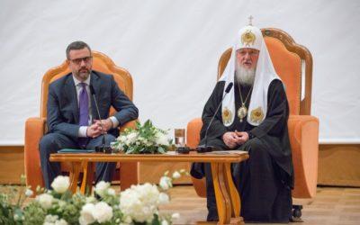 Святейший Патриарх Кирилл: Ключ к успеху проповеди священников-блогеров — не в молодежном языке, а в содержании их проповеди