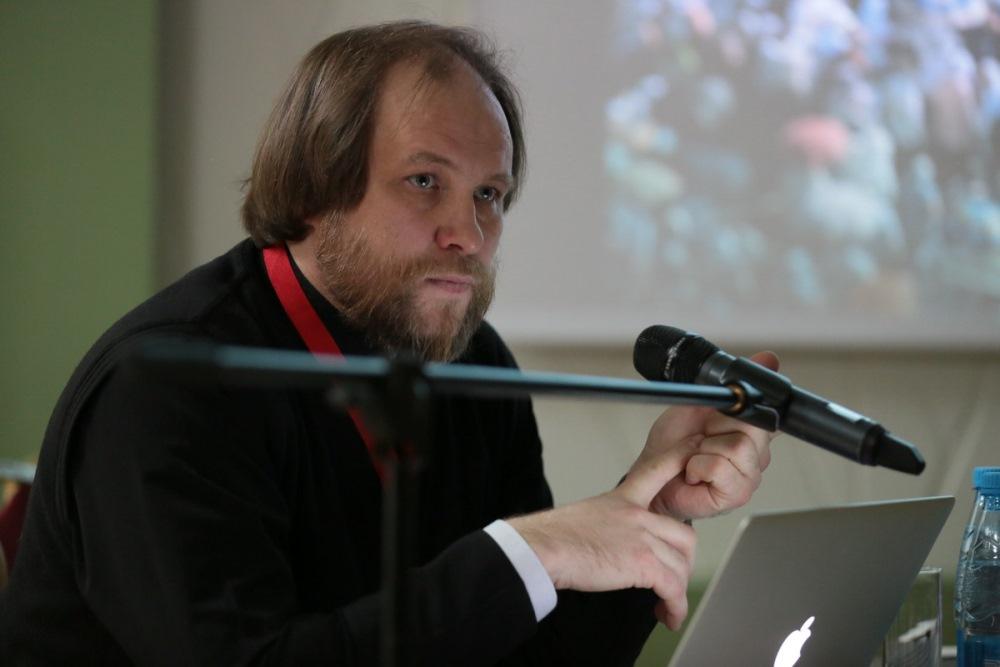 Мастер-класс священника Игоря Палкина по фотографии прошел в рамках фестиваля «Вера и слово»
