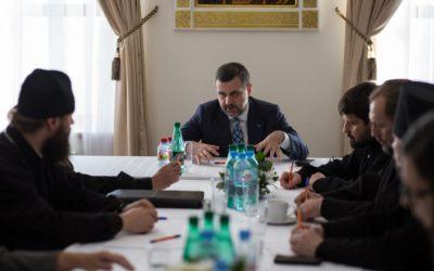 Председатель Отдела по взаимоотношениям Церкви с обществом и СМИ провел встречу с руководителями профильных отделов епархий СКФО