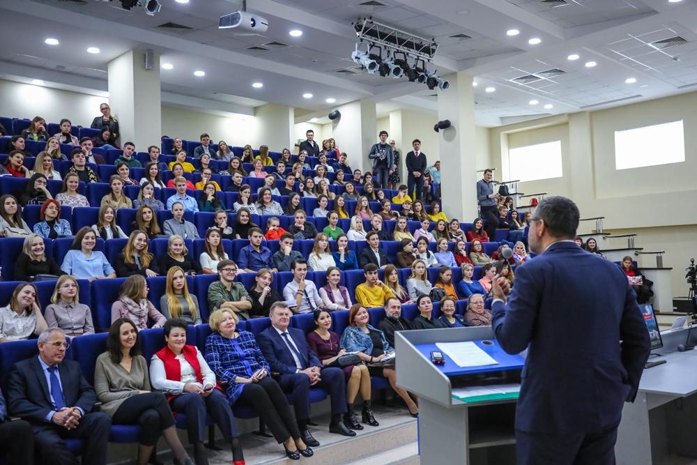 В.Р. Легойда провел встречи со студентами СКФУ и воспитанниками Ставропольской духовной семинарии