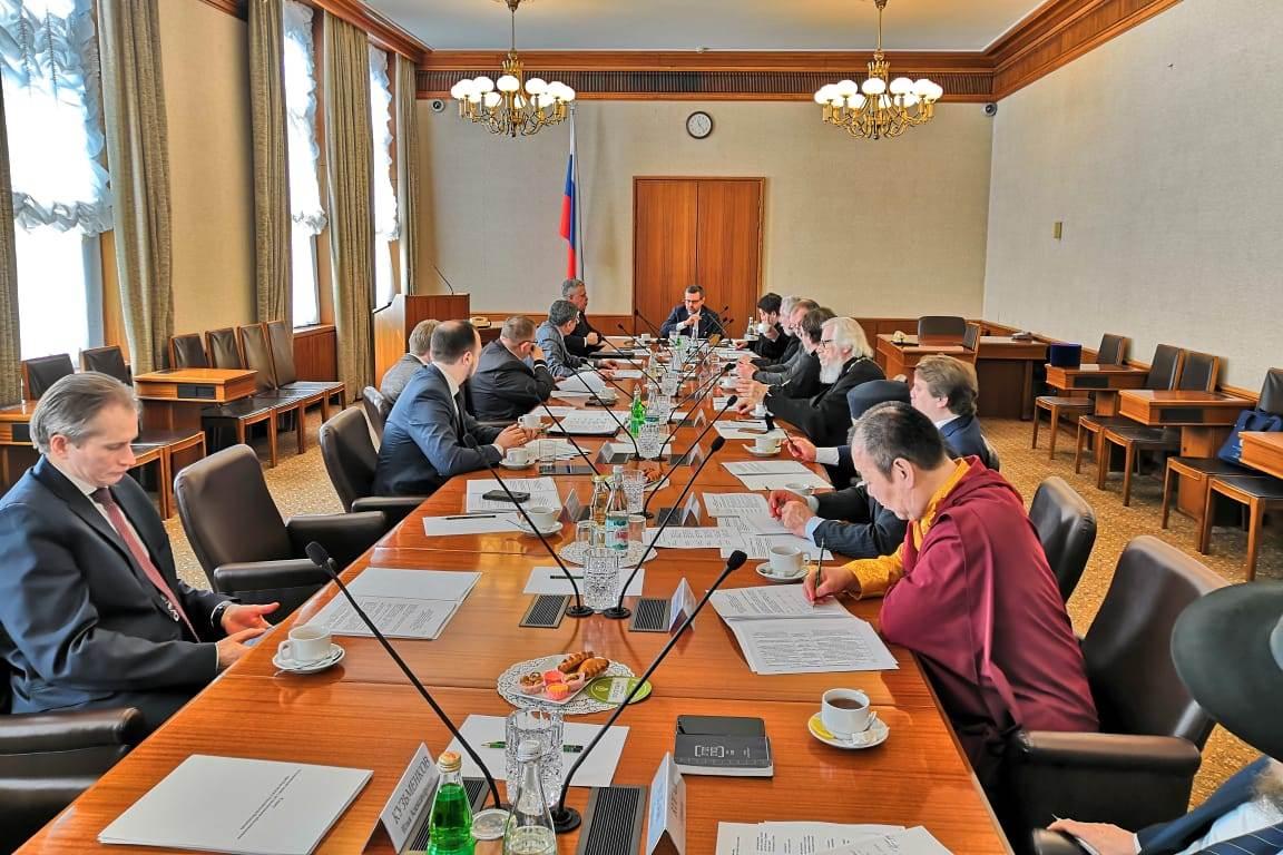 В Москве состоялось заседание Комиссии по вопросам гармонизации межнациональных и межрелигиозных отношений Совета при Президенте РФ по взаимодействию с религиозными объединениями