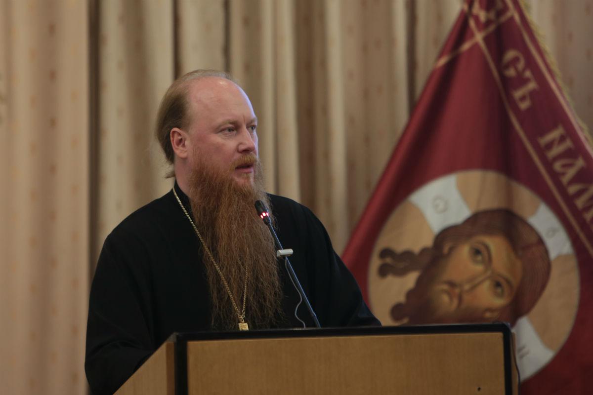Протоиерей Димитрий Рощин принял участие в церемонии открытия XI Покровских чтений