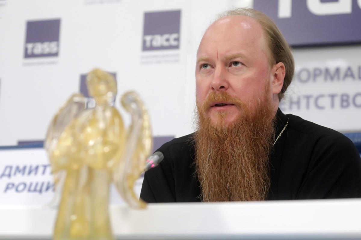 Протоиерей Дмитрий Рощин принял участие в пресс-конференции, посвященной открытию XVI Международного благотворительного кинофестиваля «Лучезарный Ангел»