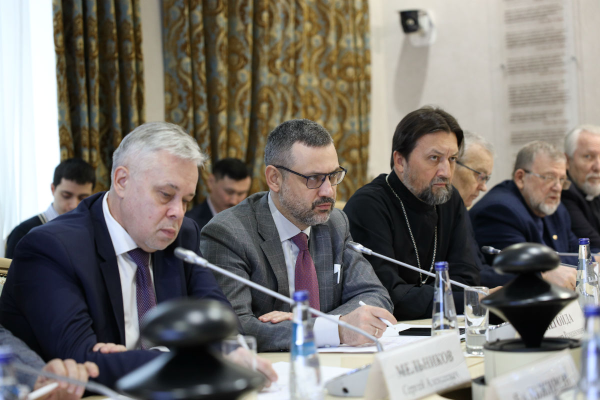 Состоялось расширенное заседание Комиссии по вопросам гармонизации межнациональных и межрелигиозных отношений Совета при Президенте РФ по взаимодействию с религиозными объединениями